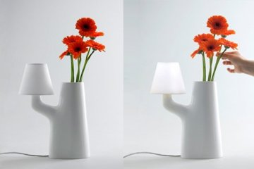 แจกันโคมไฟ...ใช้การสัมผัสดอกไม้ เป็นสวิตช์เปิด-ปิด 2 - lamp design