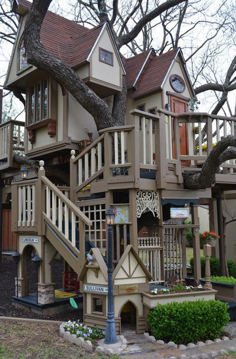 Fabulous Tree House 6 บ้านต้นไม้ในฝันของเด็กๆ หลายคน ลุงป้าสร้างอย่างสุดพลังเพื่อหลาน อลังการอย่างกับสวนสนุก