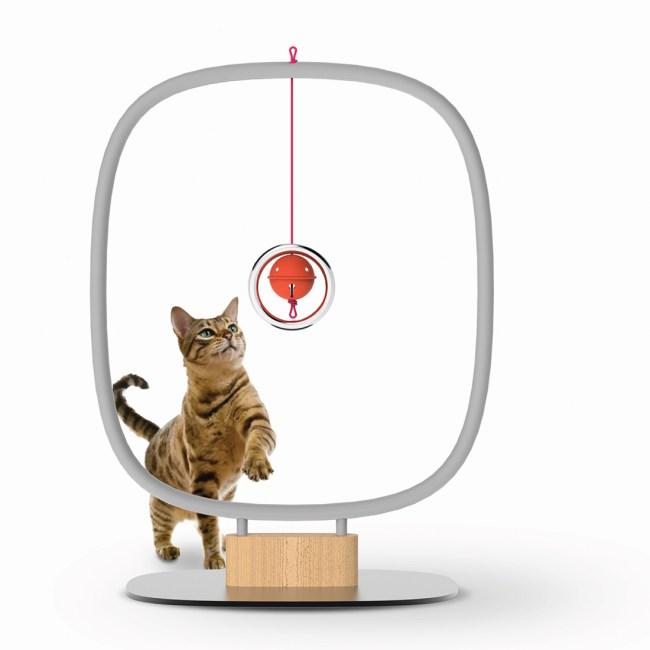 9Lives CatFurniture 11 750x750 ทาสแมวต้องร้องว้าว งานแสดงเฟอร์นิเจอร์สำหรับแมวโดยเฉพาะ