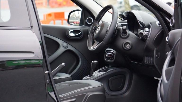 ซื้อรถใหม่ยังไงให้รู้ทันเซลล์ 10 ทริคน่ารู้ก่อนตัดสินใจซื้อรถ 24 -
