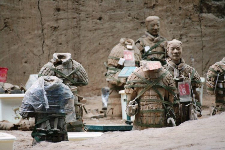 IMG 4485 750x500 สุสานกองทัพทหารดินเผา สุสานที่ใหญ่ที่สุดในจีน สิ่งมหัศจรรย์ของโลกลำดับที่ 8