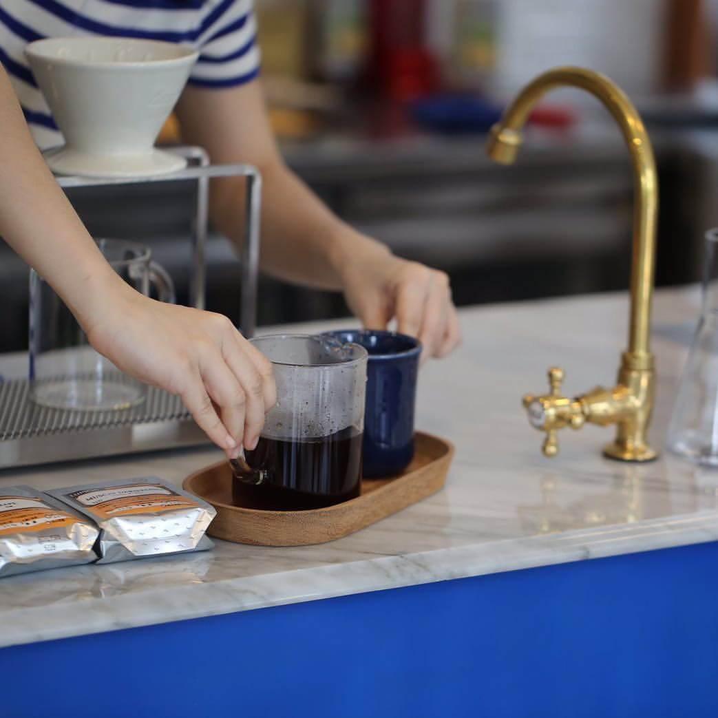 10 ร้านกาแฟ ทองหล่อ - เอกมัย เครื่องดื่มเด็ด บรรยากาศดี 70 - Ananda Development (อนันดา ดีเวลลอปเม้นท์)