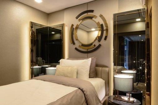 4th floor Room
