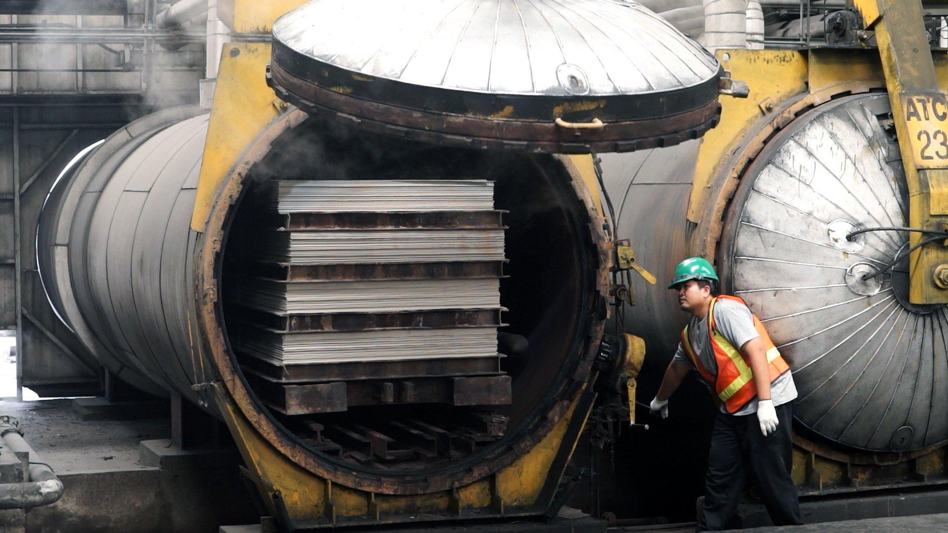 จัดงานวิ่ง Half Marathon บนสะพานข้ามแม่น้ำแคว พื้นที่ประวัติศาสตร์โลกได้ด้วยเทคโนโลยีก่อสร้างสมัยใหม่ (ถอนต้องไวก่อนรถไฟมา) #SHERA 42 - fiber cement wood