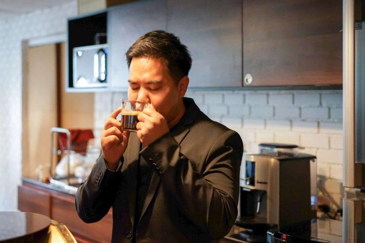 บังเอิญชิม NESCAFÉ GOLD BARISTA แก้วละแค่ 3 บาท เครื่องก็ได้ฟรี ใครมีออฟฟิศคุ้มมาก จัดเลย 22 - Coffee