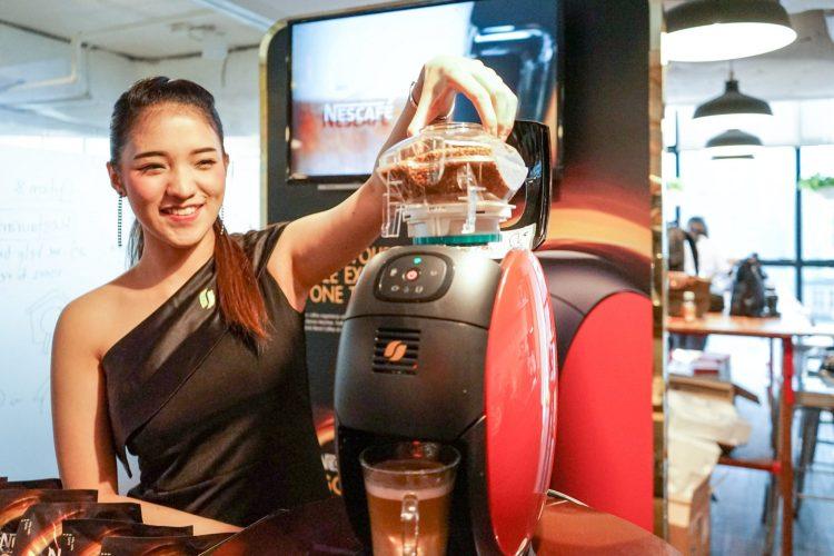 nescafe 22 750x500 บังเอิญชิม NESCAFÉ GOLD BARISTA แก้วละแค่ 3 บาท เครื่องก็ได้ฟรี ใครมีออฟฟิศคุ้มมาก จัดเลย