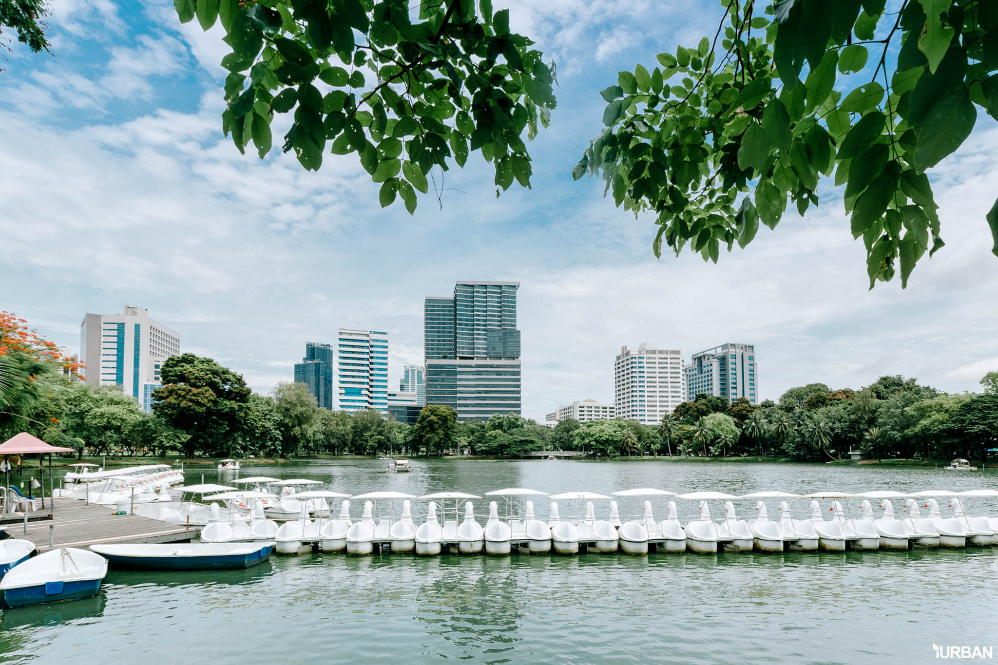 "12 Guide invite Farang เที่ยวราชประสงค์-ชิดลมจนต้องร้องว่า ""ไอเลิฟเมืองไทย ไอไลค์ชิดลม!"" 44 - Bangkok"