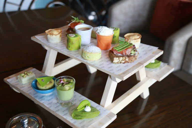 ความอร่อยที่มาพร้อมกับความเฮลท์ตี้ 'ชุดน้ำชายามบ่าย อะโวคาโดไฮที' เซสท์ บาร์ แอนด์ เทอร์เรส โรงแรม เดอะ เวสทิน แกรนด์ สุขุมวิท 12 -