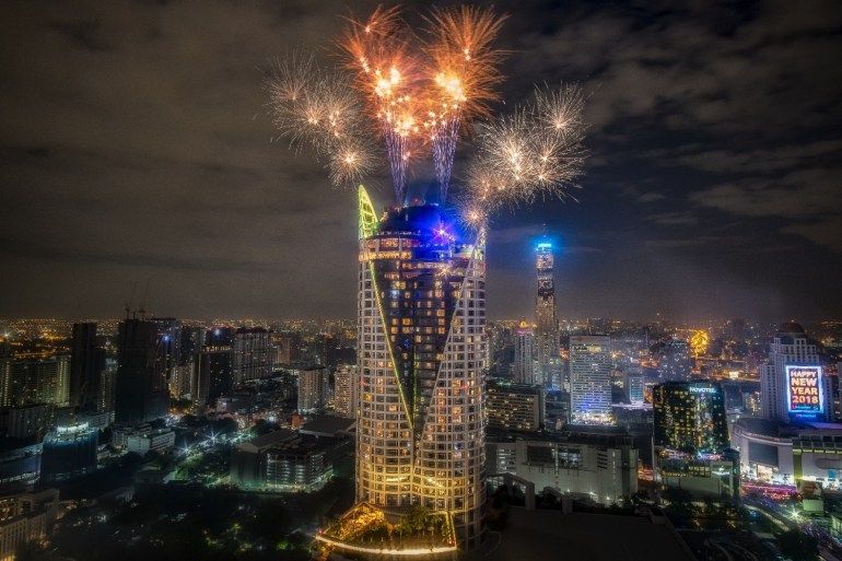 Book now and save 10% for New Year's at UNO MAS, Red Sky and CRU 13 -
