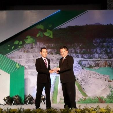 กระทรวงอุตสาหกรรมมอบรางวัลเหมืองแร่สีเขียวแก่โรงงานยิปรอค ในงาน Green Mining Award 2018 14 -