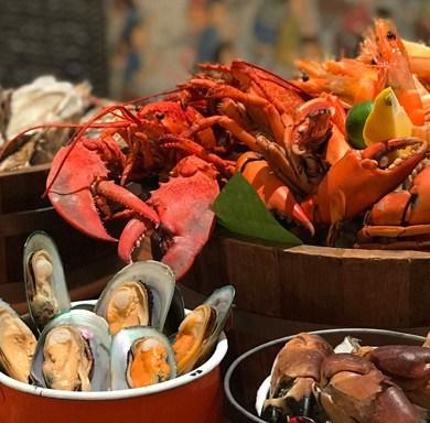 """""""เซิร์ฟ แอนด์ เทิร์ฟ ซันเดย์ บรันช์ แอท สุรวงศ์"""" ณ พระยา คิทเช่น อร่อยสุดคุ้มกับอาหารทะเลและเนื้อระดับพรีเมี่ยม 14 -"""