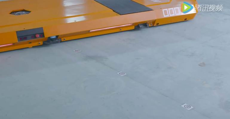 ไม่ต้องหาที่จอดเองแล้ว หุ่นยนต์จอดรถ HikVision ช่วยคุณได้ 17 - building