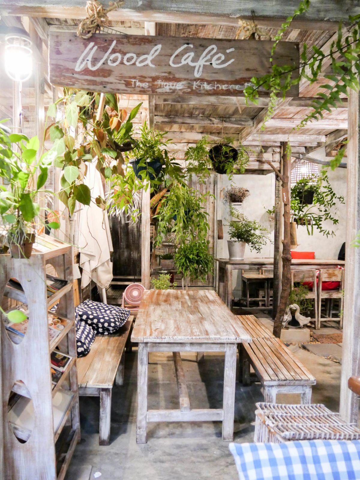 "7 Simply Creative Cafe & Bar ในย่านไลฟ์สไลต์สุดฮิป กับ 24 Hr. Co-Working Space กลาง New Interchange ""รัชดา - ลาดพร้าว"" 37 - cafe"