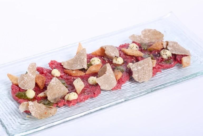 ลิ้มรสราชาเห็ดทรัฟเฟิล เพชรในครัววัตถุดิบอันล้ำค่า ที่ห้องอาหารเรดสกาย 13 -