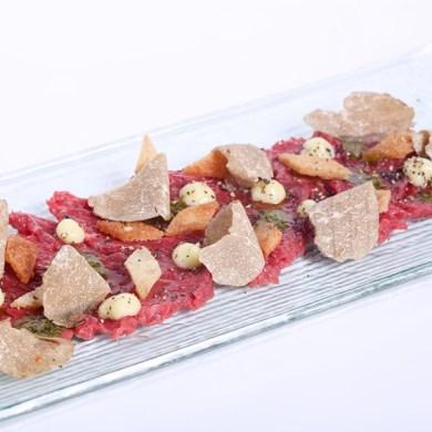 ลิ้มรสราชาเห็ดทรัฟเฟิล เพชรในครัววัตถุดิบอันล้ำค่า ที่ห้องอาหารเรดสกาย 15 -