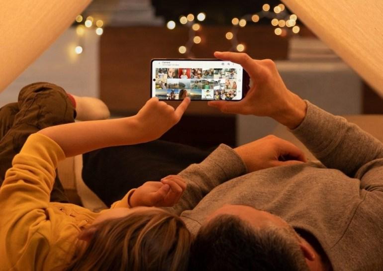 5 เช็คลิสต์ เลือกซื้อสมาร์ทโฟนอย่างไรให้ครบเครื่อง คุ้มค่า ในราคาไม่เกินสองหมื่น 13 - samsung
