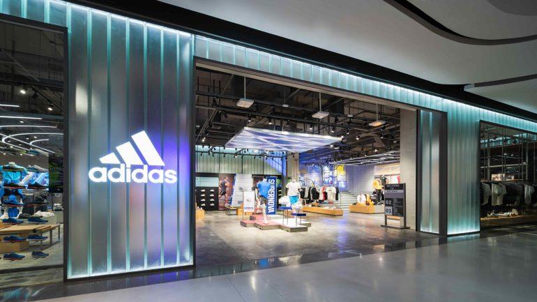 อาดิดาส แบรนด์ เซ็นเตอร์ ช็อปสองชั้นสาขาแรกในประเทศไทย 14 -