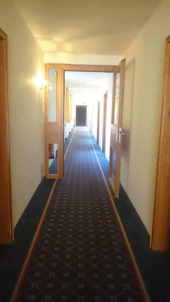 Second Floor Hallway - Drexel's Parkhotel Review