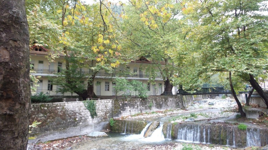 iAccommodations along the river n Loutra Pozar, Greece