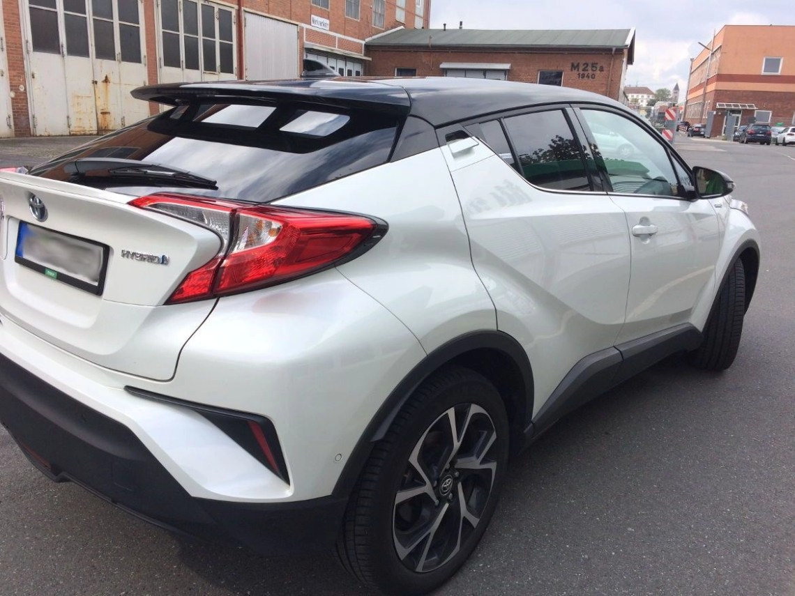 Looking over the Toyota C-HR 1.8 Hybrid at the Nuremberg Europcar Rental office - Iva Says