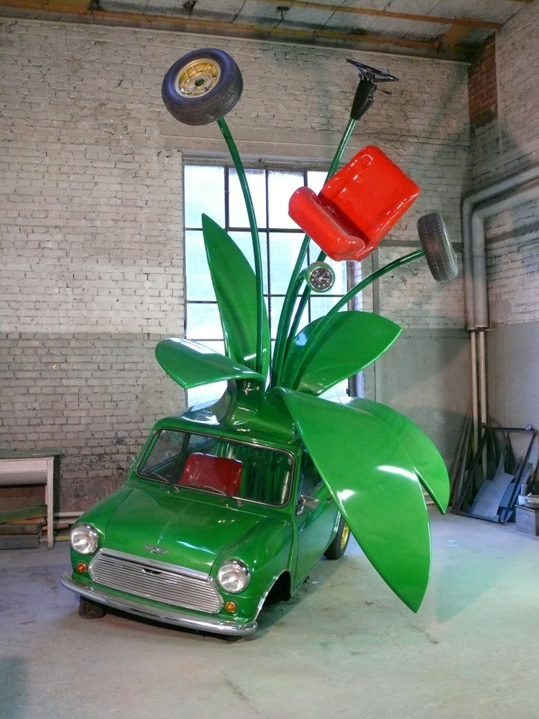 rohrer-green-mini-ivespa Stefan Rohrer distorts Vespa art into playful spiraling autonomous objects