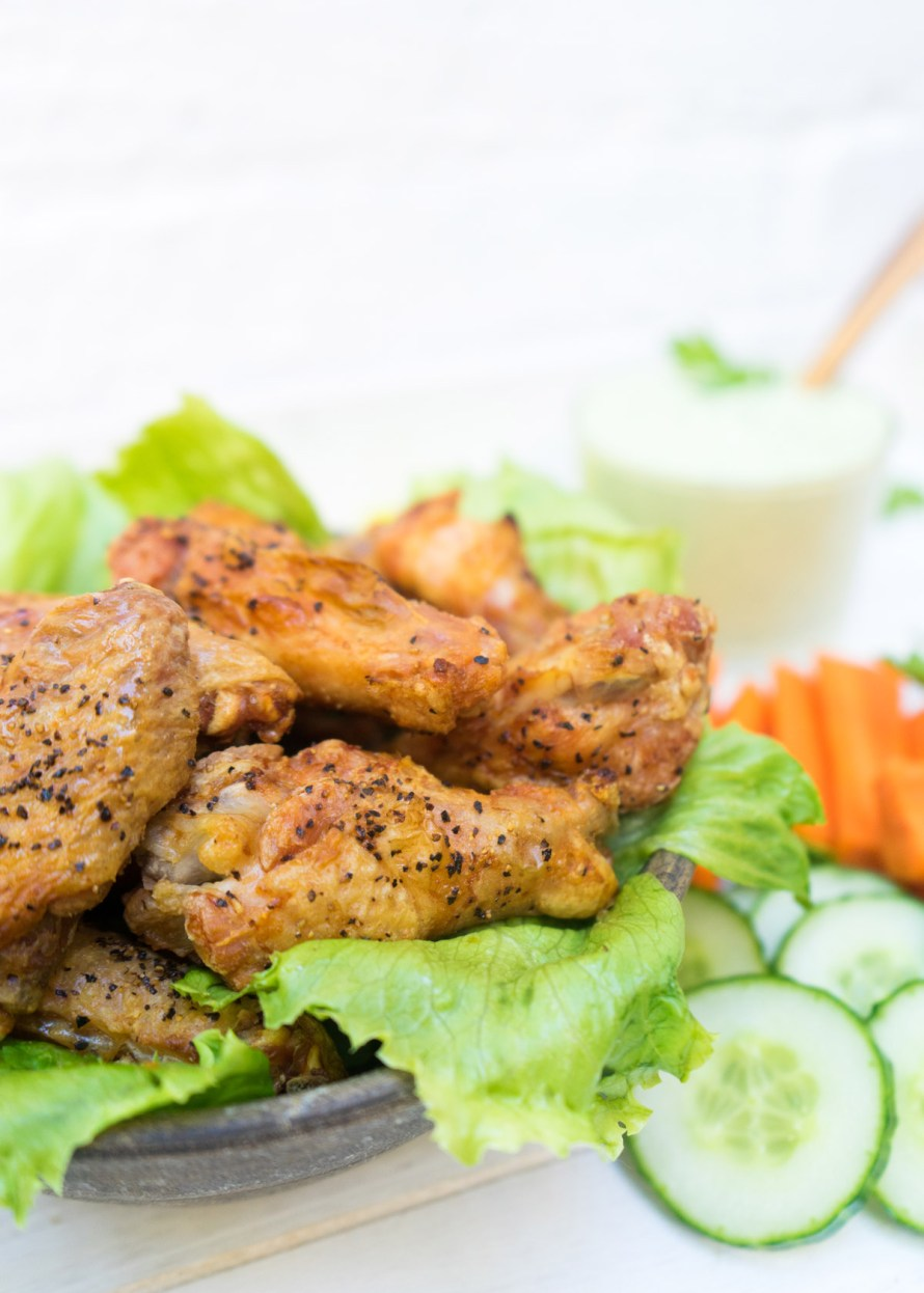 Crispy Chicken Wings with Super Herb Sauce