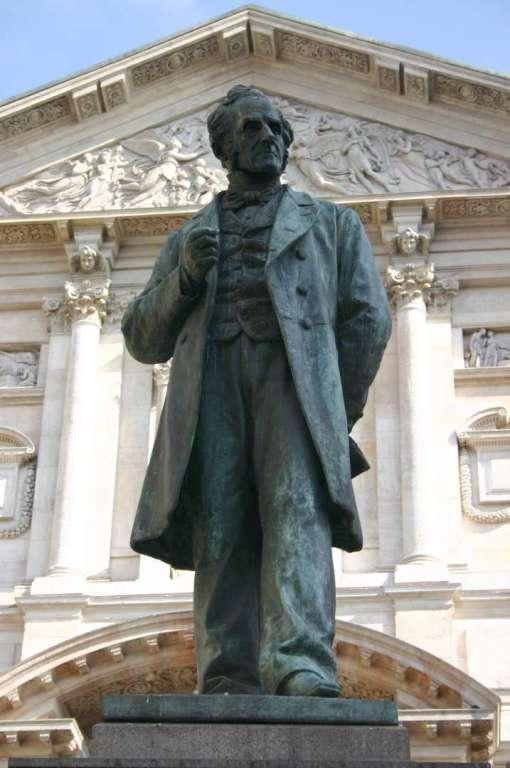 La leggenda della casa del diavolo e la peste di Milano
