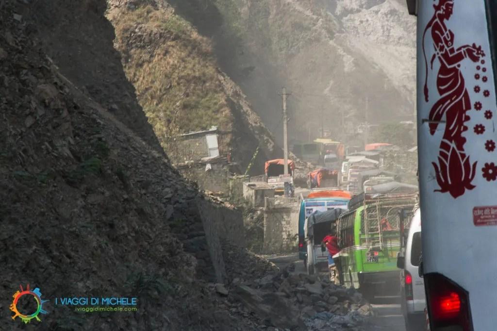 La strada infernale per Chitwan