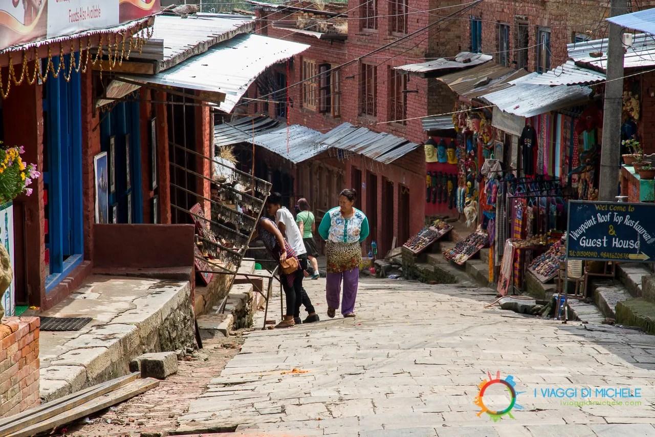 Cosa vedere a Bhaktapur - Changu Narayan - Strada principale
