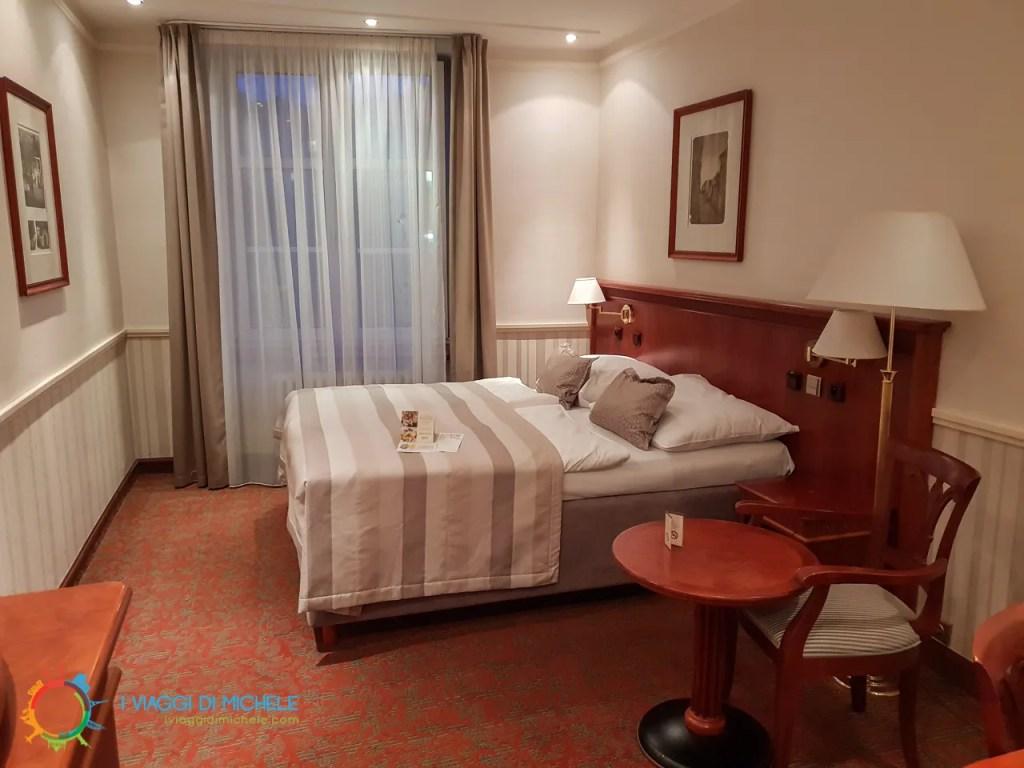 Hotel Adria - Dove dormire a Praga