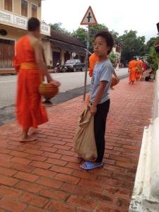 Luang Prabang Processione delle Elemosine Laos