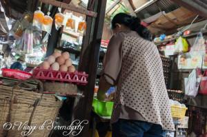 Mercato Centrale Phnom Penh uova