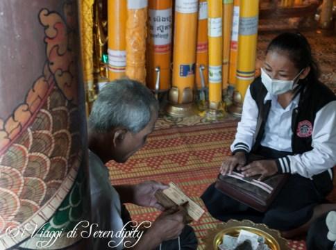 Phnom Penh Wat Phnom esame