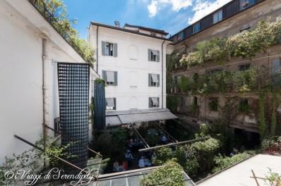 Galleria Carla Sozzani Milano cortile interno