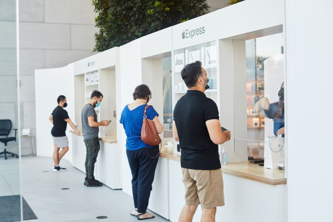 iPhone 12, iPhone 12 Pro, and iPad Air Now Available in Apple Stores (With Photos)