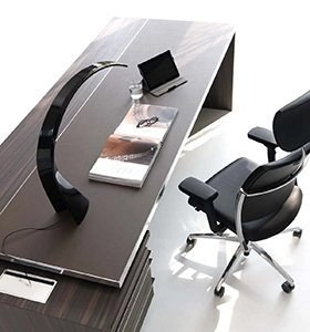 Mascagni works in the office and community furniture sector, producing operational and executive furniture such as furniture, walls, seats and much more. Arredo Ufficio Lloyd Mobili Per Ufficio