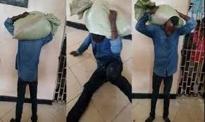 Tanzanie: il vole un sac de maïs et le sac refuse de se détacher de sa tête