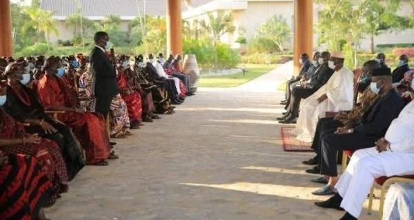 3e mandat / Invité par le Sud Comoé à être candidat, Alassane Ouattara refuse : « Laissez-moi le temps pour me concentrer ».« L'homme propose et Dieu dispose »
