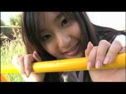 村上友梨 女子高生と公園でデート
