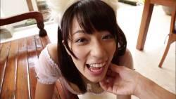 小瀬田麻由 エロい猫ちゃんコスプレでじゃれてくる