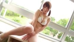池田愛恵里 ブルマを脱いで縄跳びでぐるぐる巻きにされる