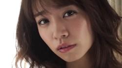 菜乃花 シースルーのセクシーランジェリーで色気全開でポーズ