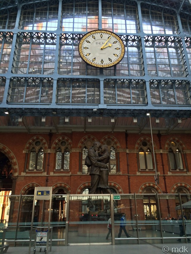 Paul Day's The Meeting Place on St Pancreas Station