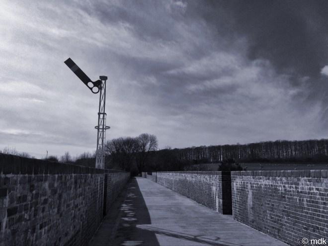 Restored signal, Hockley Viaduct