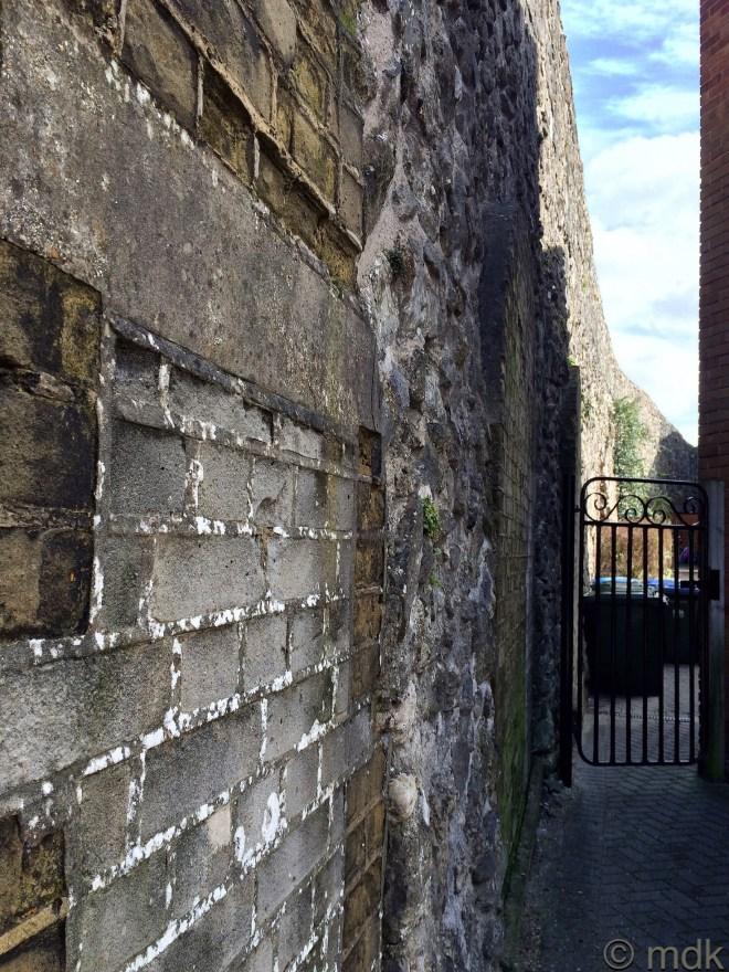 What a garden wall