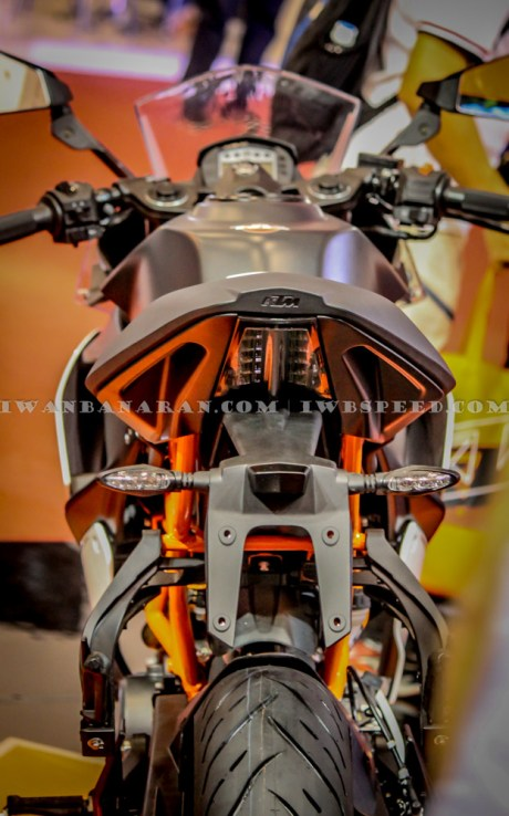 KTM Duke dan RC200 (32)