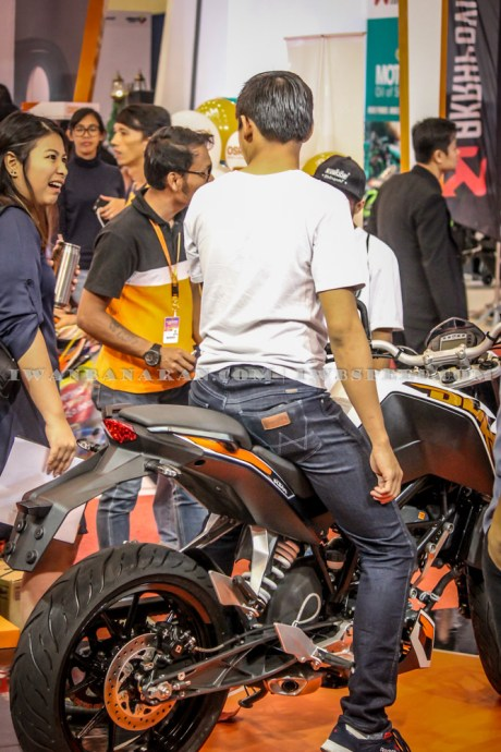 KTM Duke dan RC200 (34)