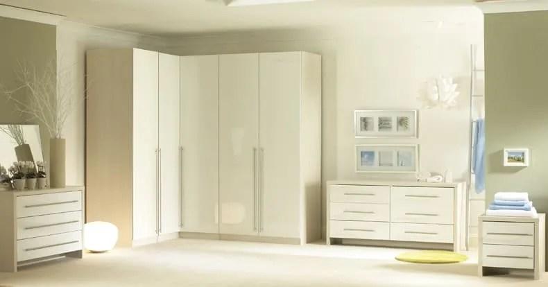 Bespoke fitted wardrobes made to measure corner walkin closets  iWardrobes