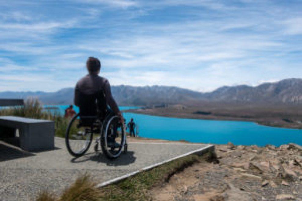 Une très belle vue accessible facilement en fauteuil roulant.