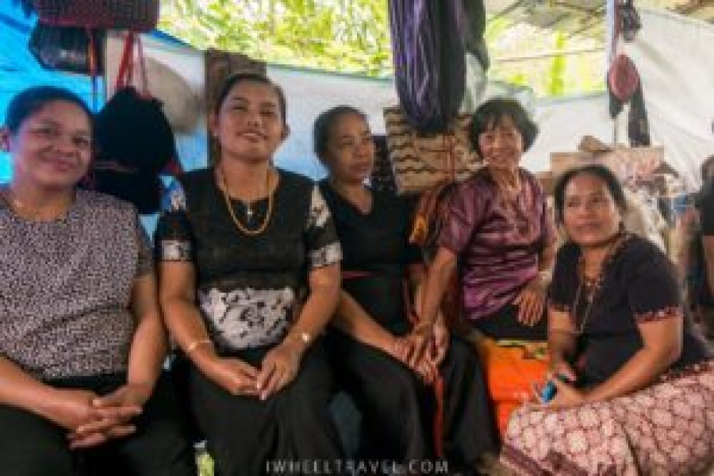 toraja rantepao femmes indonésie